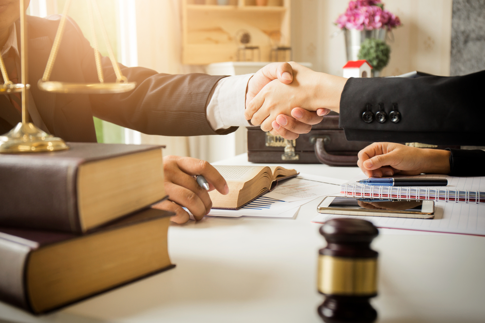 Tips to find an excellent family law attorney for you